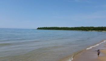 Inverhuron beach