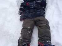 tips to encourage kids into snowshoeing