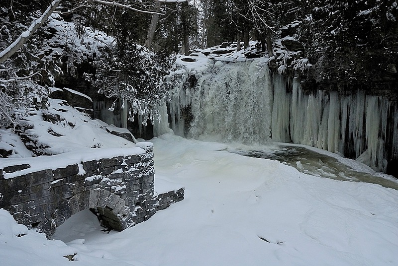 Frozen Hilton Falls