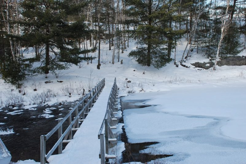 "Bridge crossing on ""The Crack"" trail, Killarney - Winter hiking"